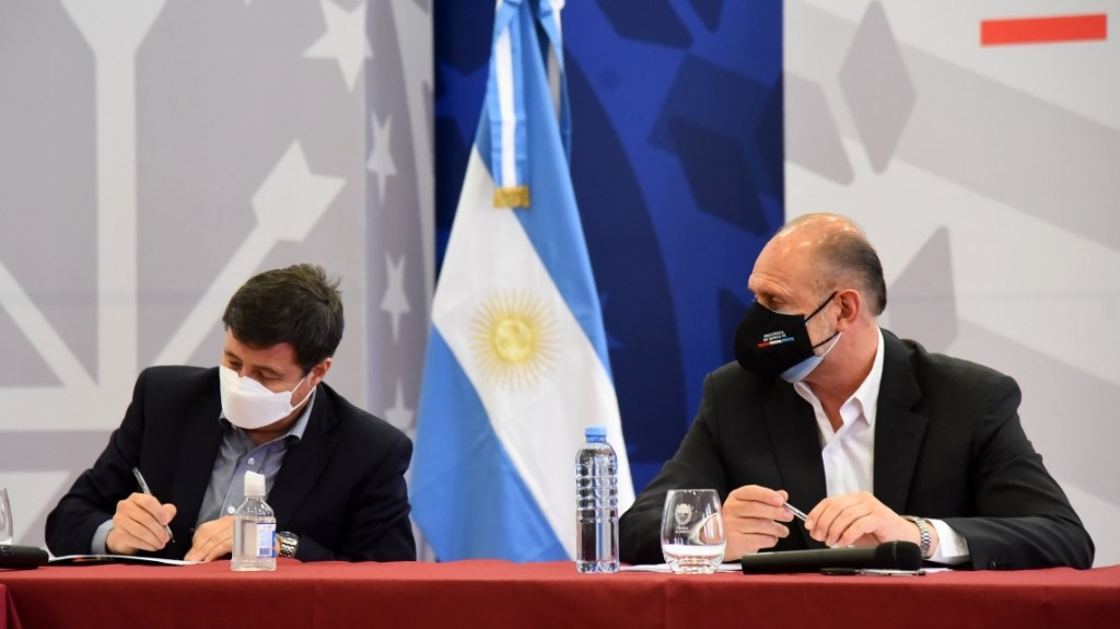 Convenio de asistencia alimentaria y sanitaria para seis ciudades santafesinas