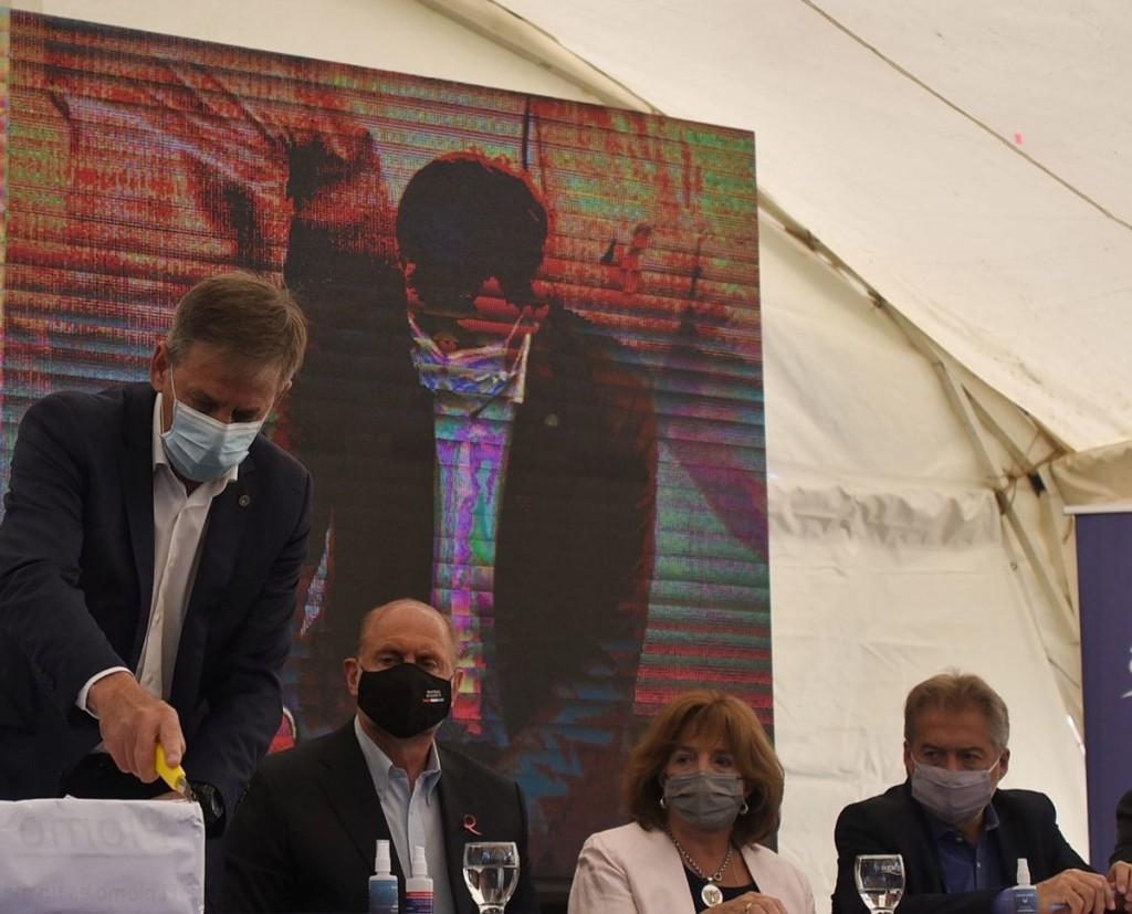 Jatón participó de la licitación que permitirá ampliar la planta potabilizadora de agua
