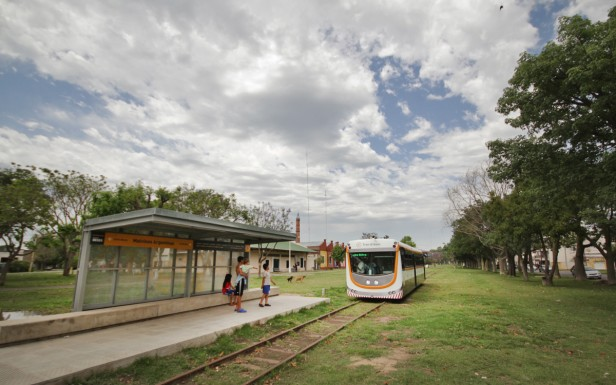 El Tren Urbano comenzó a funcionar a modo de prueba