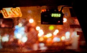 Asaltaron a un taxista y le sustrajeron dinero, la ticketera y el equipo de comunicación