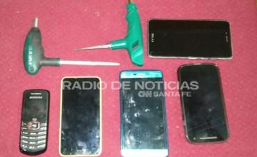 PDI detuvo a dos cordobeses en Carlos Pellegrini por cohecho y robo