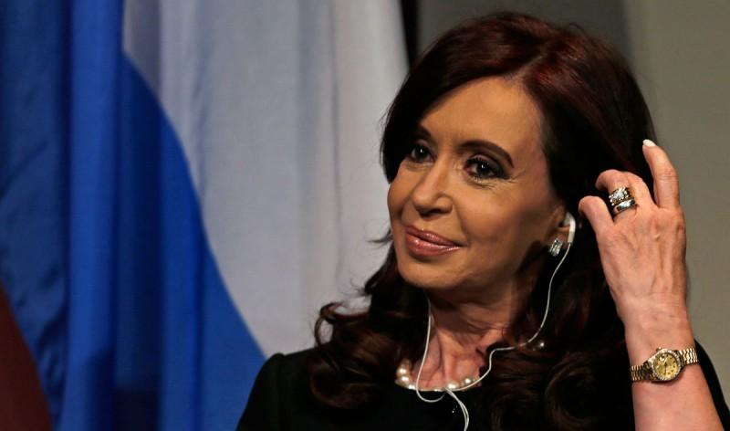 Causa Hotesur: Cristina Kirchner se negó a declarar y presentó un escrito