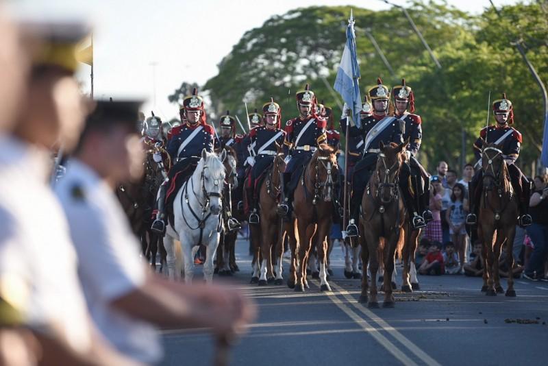 Se realizó un desfile por el 70 aniversario del Liceo Militar