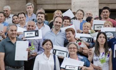 Ya son 4092 las familias que recibieron las escrituras de sus viviendas