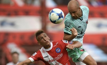 Ganó Colón, sigue invicto y es escolta de Boca en la Superliga