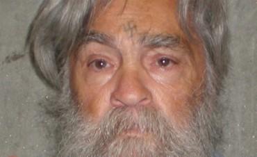 Murió Charles Manson, uno de los asesinos más famosos de la historia