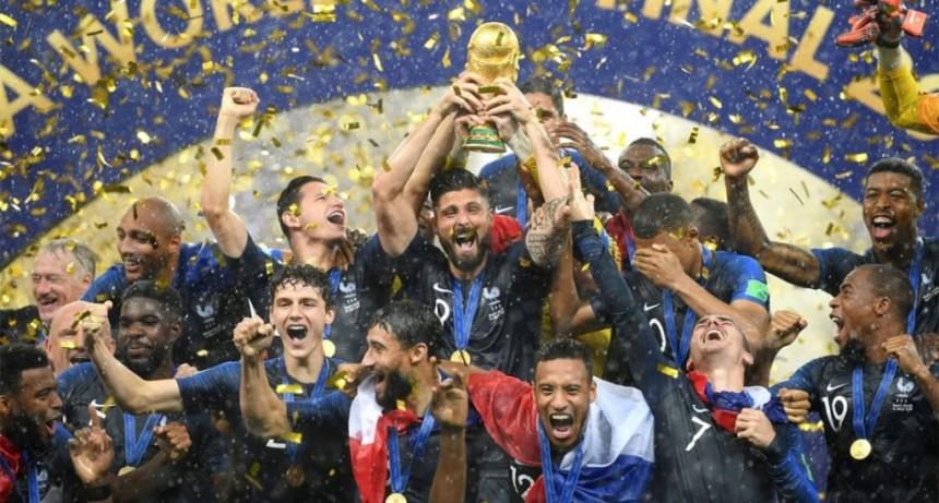 España se anotó en la carrera por organizar el Mundial 2030 y competirá con Argentina