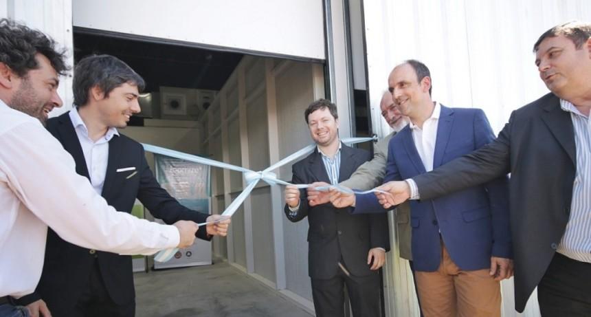 Corral participó de la inauguración de la planta de producción de la empresa Lipomize