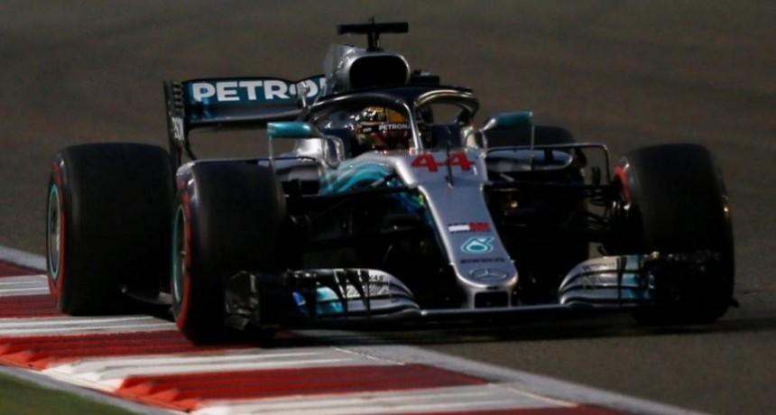 Hamilton ganó la última carrera del año