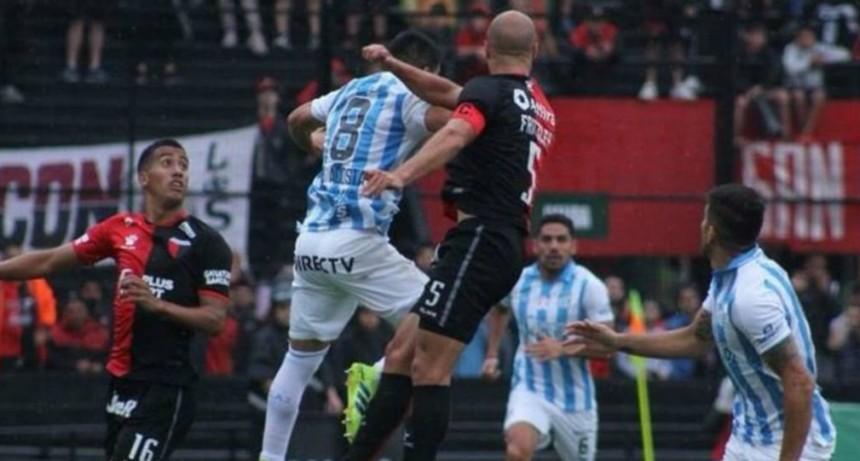 Atlético Tucumán le ganó a un Colón que solo piensa en la final de la Sudamericana