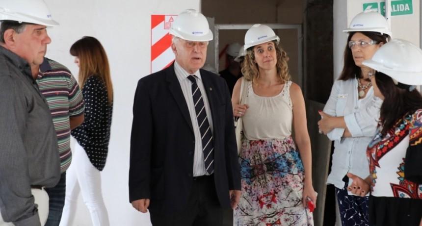 Lifschitz supervisó el avance de las obras en el edificio del IAPOS