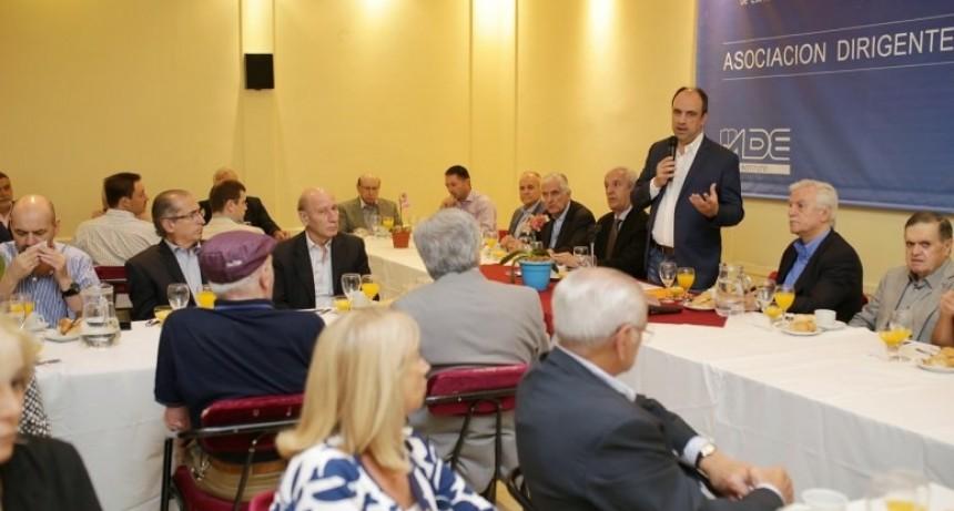 """Corral encabezó el panel """"El cambio en Santa Fe: el legado de 8 años de gestión"""""""