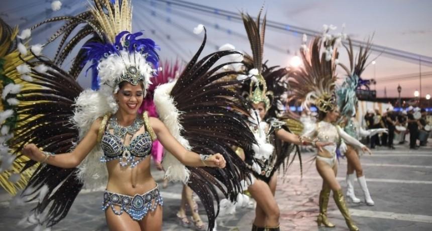 Presentaron los carnavales de Vera en la capital