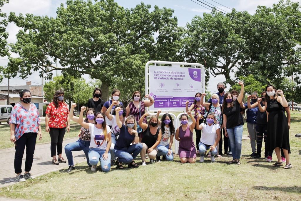 Carteleras Violetas: Referencias en los barrios para el cuidado de las mujeres