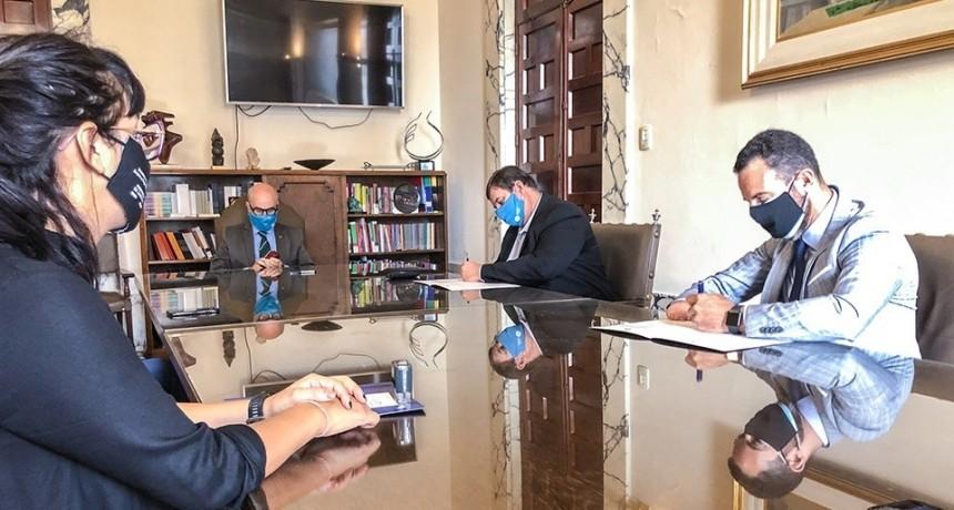 Empleo y trabajo: UNL y Provincia firmaron un convenio de cooperación