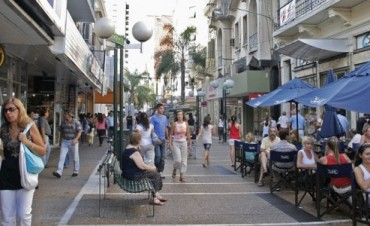 Se peatonalizan calles Mendoza y Lisandro de la Torre