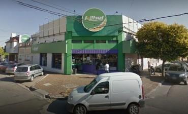 Detuvieron a tres sujetos luego de robar en un supermercado de barrio Roma