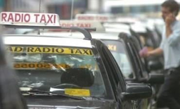 Desde hoy viernes aumentaron la tarifa de los taxis