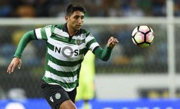 El Sporting de Lisboa echará a Alan Ruiz