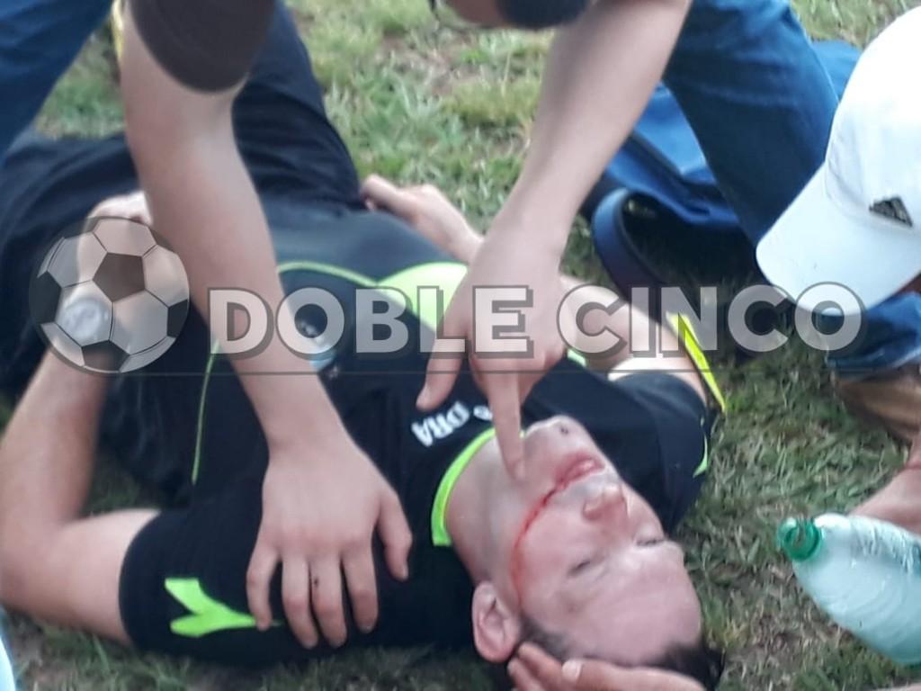 Un jugador noqueó a un árbitro en Misiones