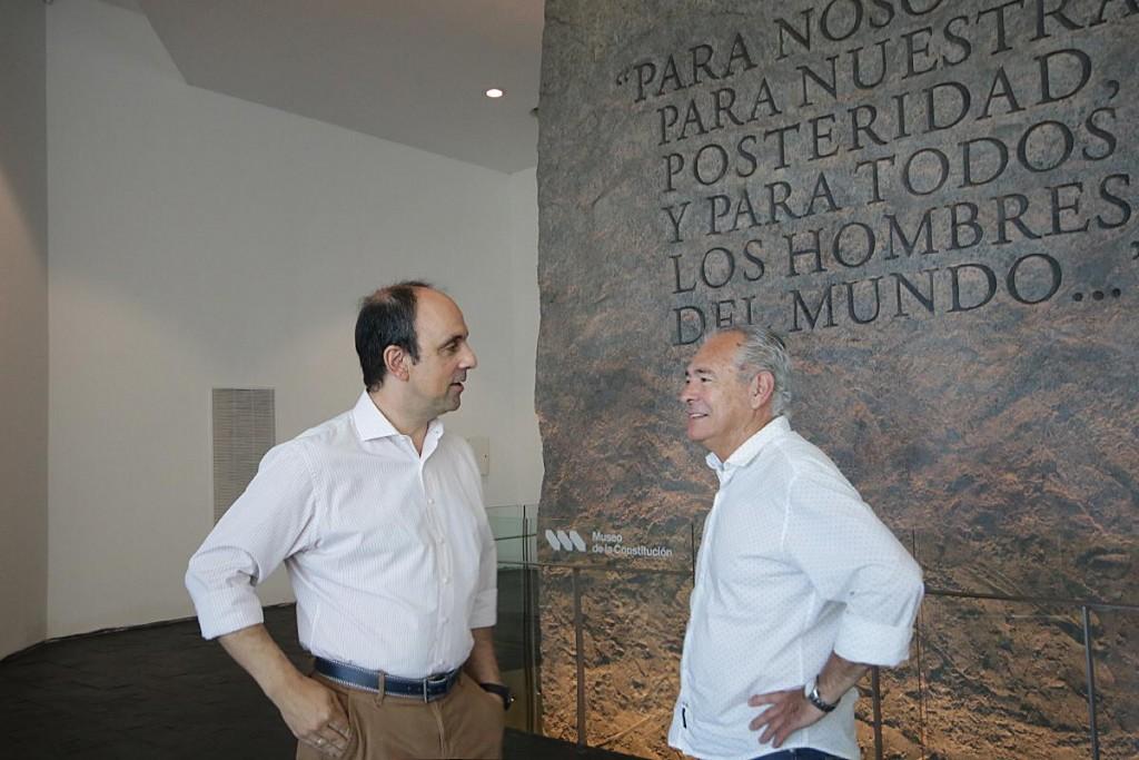José Corral recorrió el Museo de la Constitución junto a Mario Barletta