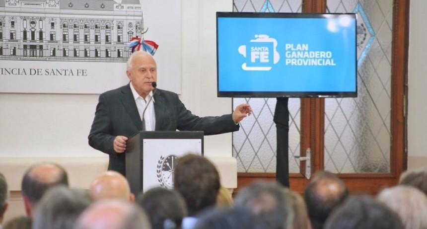 Lifschitz presentó el Plan Ganadero Provincial