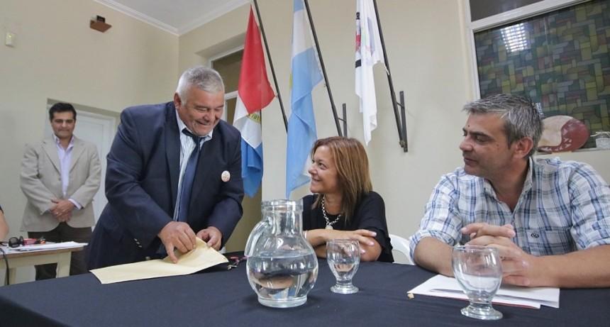 El Municipio licitó obras para mejorar el acceso a escuelas de barrios Acería y Yapeyú