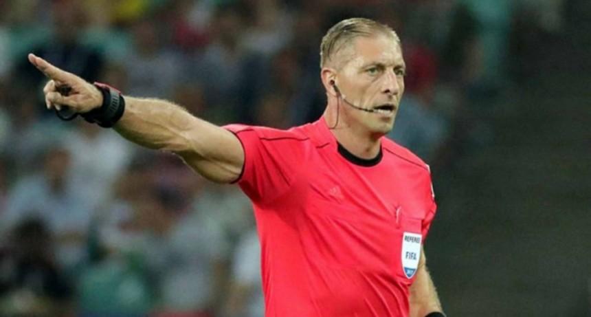 Néstor Pitana fue elegido como el mejor árbitro del mundo