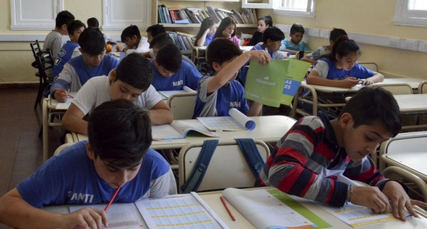 Pruebas PISA: Argentina mejoró en Lengua pero empeoró en Matemáticas