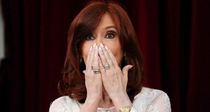 Cristina Kirchner le pidió autorización a la Justicia para viajar a Cuba a fin de año