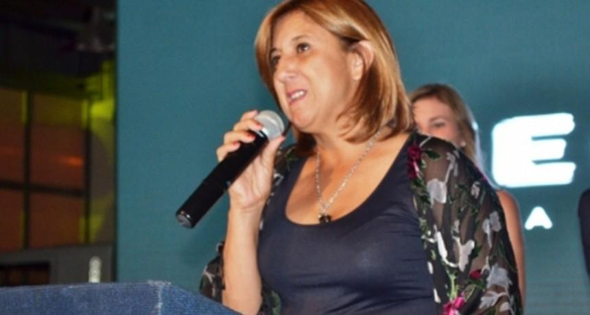 Daniela Qüesta asumió su mandato como intendenta de Santo Tomé