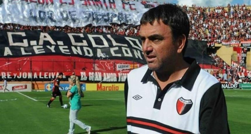 Diego Osella fue confirmado como nuevo entrenador de Colón